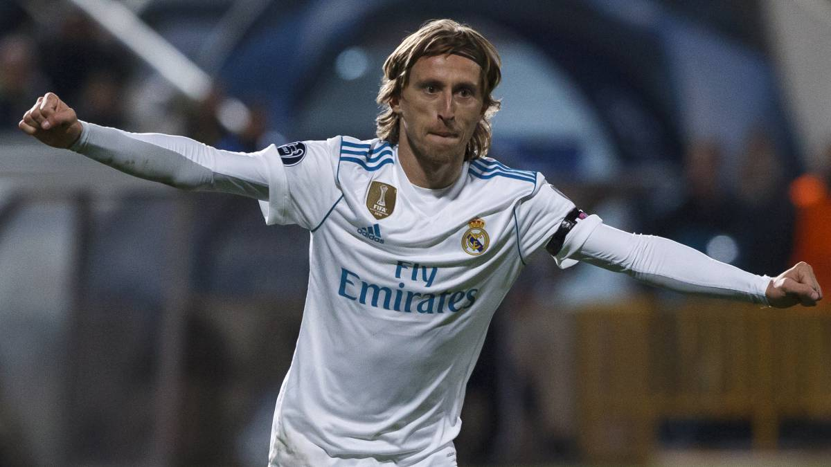 Luka Modric decides to stay at Real Madrid