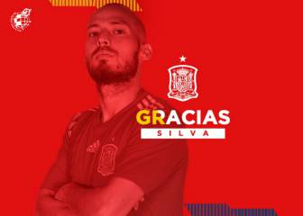 David Silva announces retirement from Spain duty