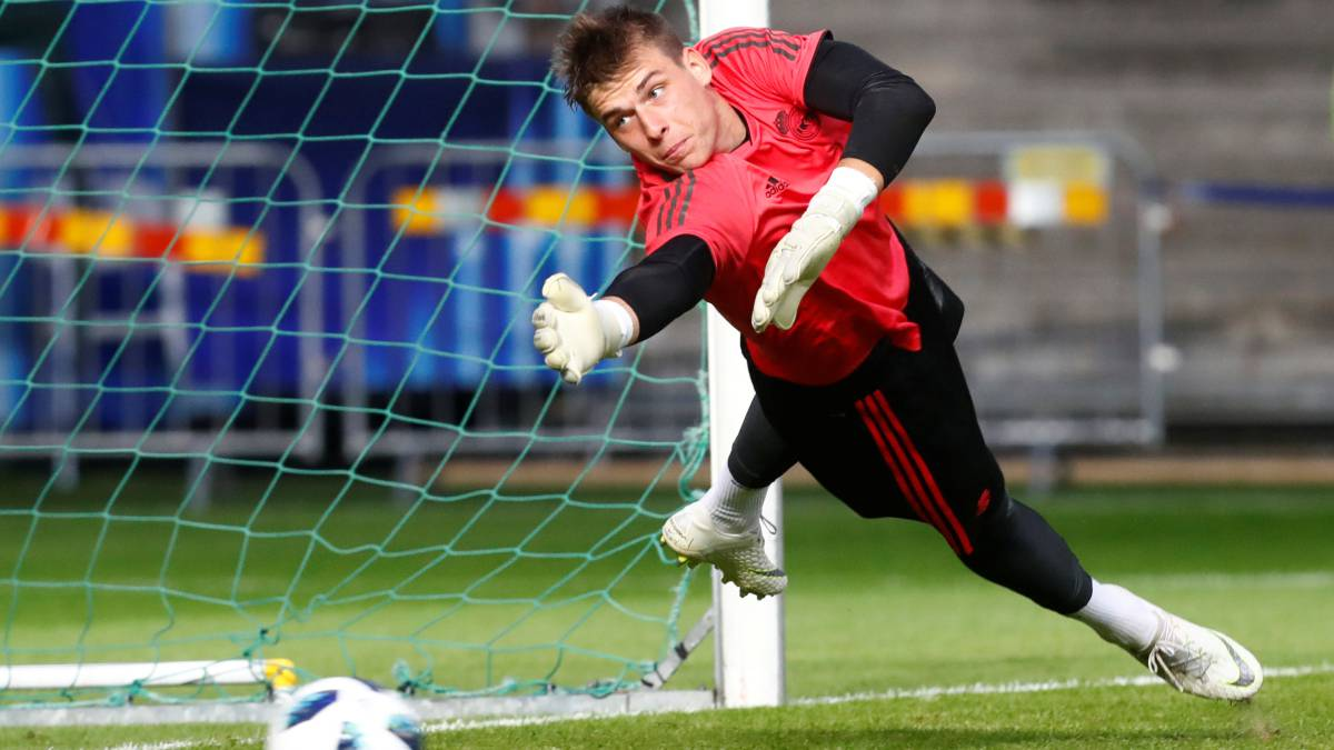 Rayo ask Real Madrid for Lunin and De Tomás on loan
