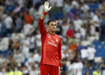 Man City look to Keylor Navas to replace the injured Bravo