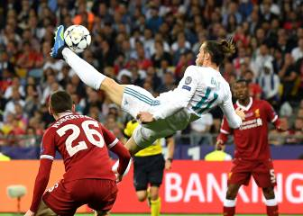 Ronaldo and Bale's jaw-dropping bicycle kicks compared