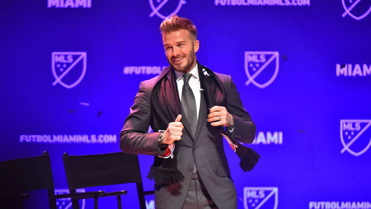 Beckham wants Cristiano and Piqué for team Miami - reports