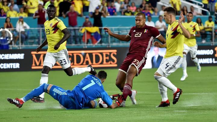 Colombia vence a Venezuela con goles de Falcao y Chará