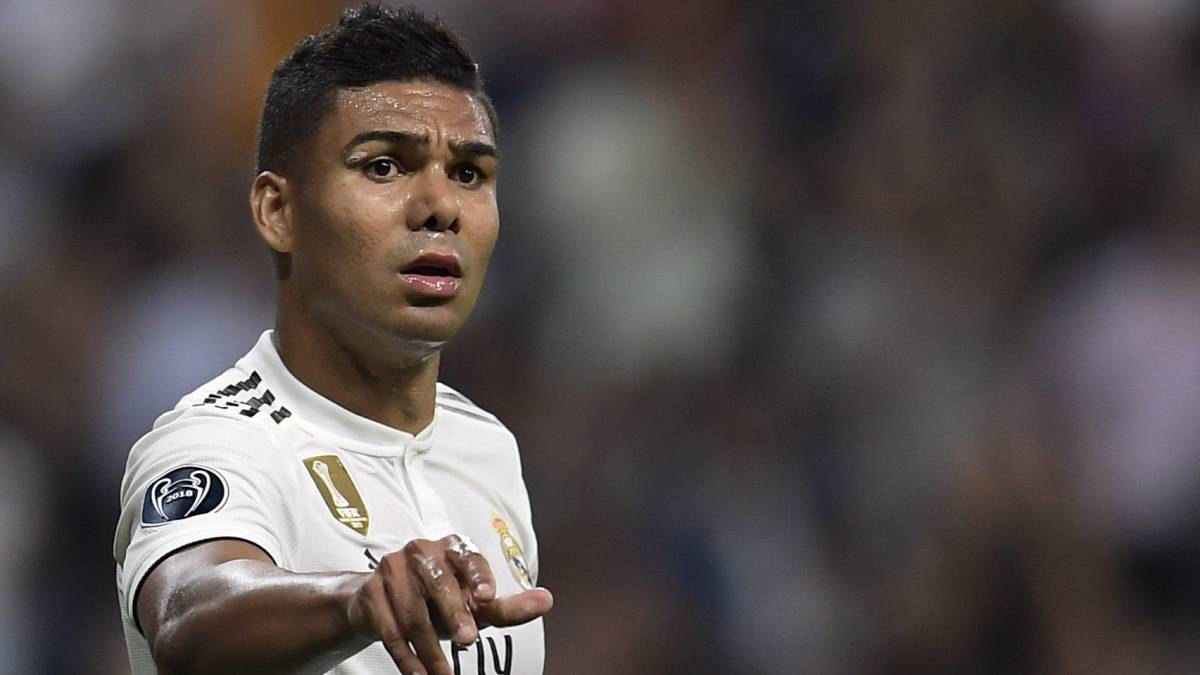 """Modric for Ballon d'Or? I'd give it to Cristiano"" - Casemiro"