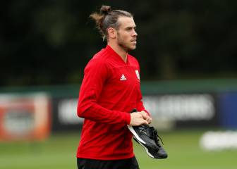 Gareth Bale to miss Wales-Spain friendly, Giggs confirms