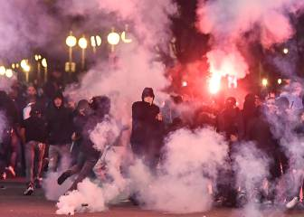 Ultras from Marseille and Lazio clash during Europa League