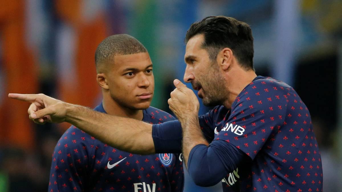 El delantero no fue titular ante el Olympique de Marsella por llegar tarde a la charla previa junto a Rabiot, que también fue suplente.