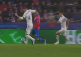 Ramos should have been sent off for the elbow on Havel