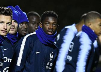 Barcelona hold crunch talks with Dembélé's agent