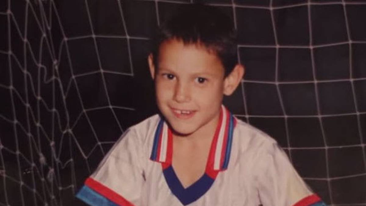 Guess the player: one of the hottest strikers in Europe...