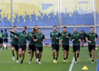 Las Palmas vuelve a los entrenamientos con la ausencia de Araujo y la  lesión de Blum cbf3b327c68fe