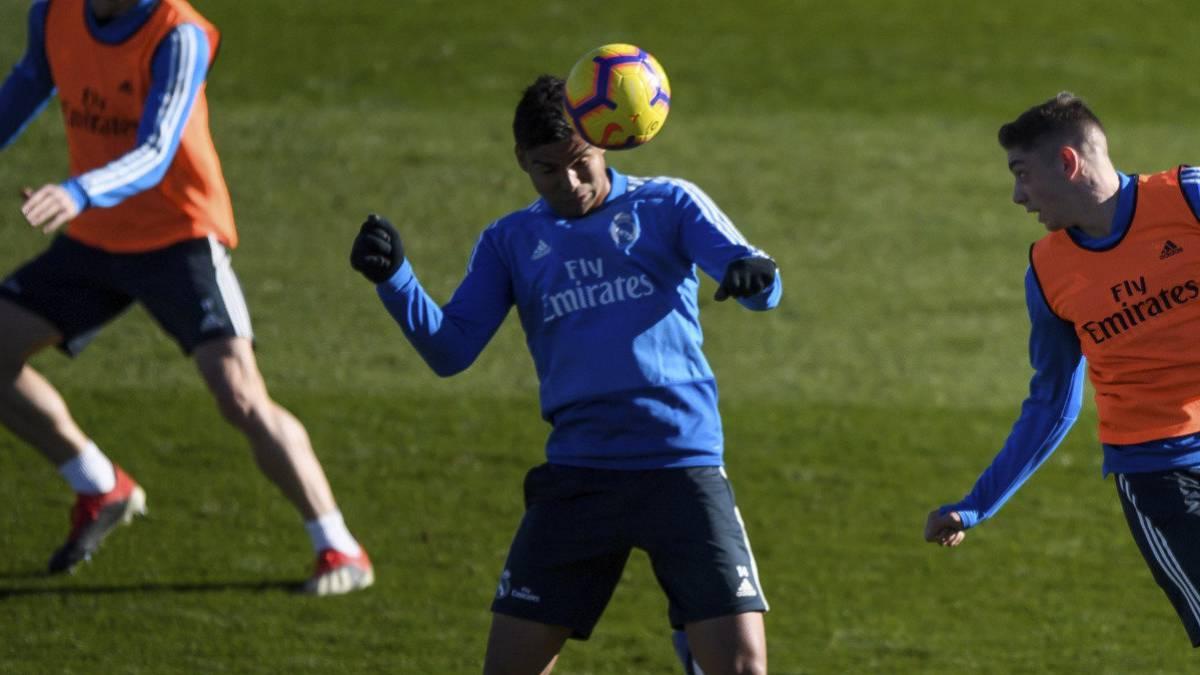 Casemiro, el pasado lunes 31 de diciembre, durante el entrenamiento del Real Madrid abierto al público.