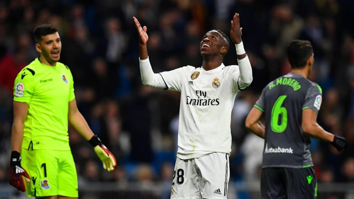 El Barça aumenta la ventaja tras el empate del Pizjuan y la debacle del Madrid en casa