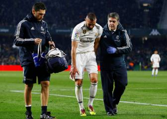 Benzema injury setback may force Madrid to sign a striker