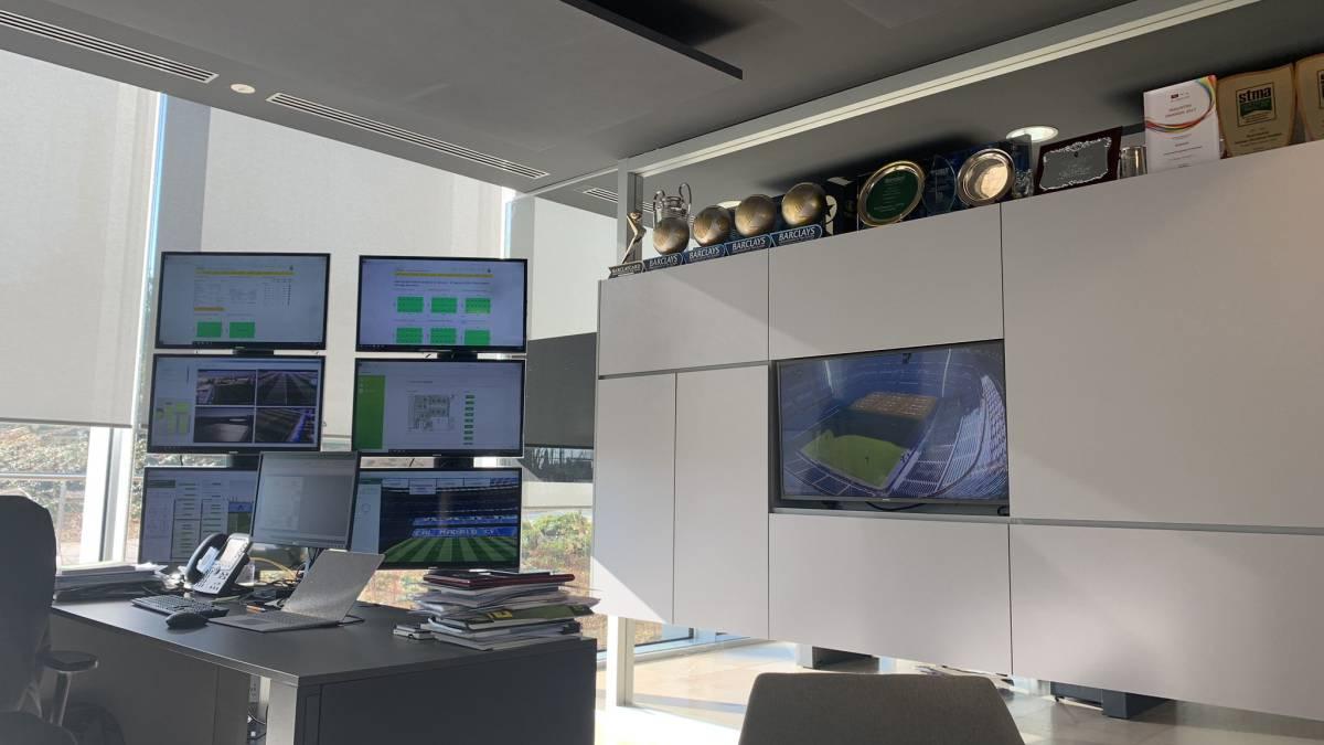 Así es la sala de mando estelar del jardinero del Real Madrid