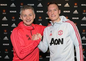 Phil Jones renueva con el Manchester United hasta 2023