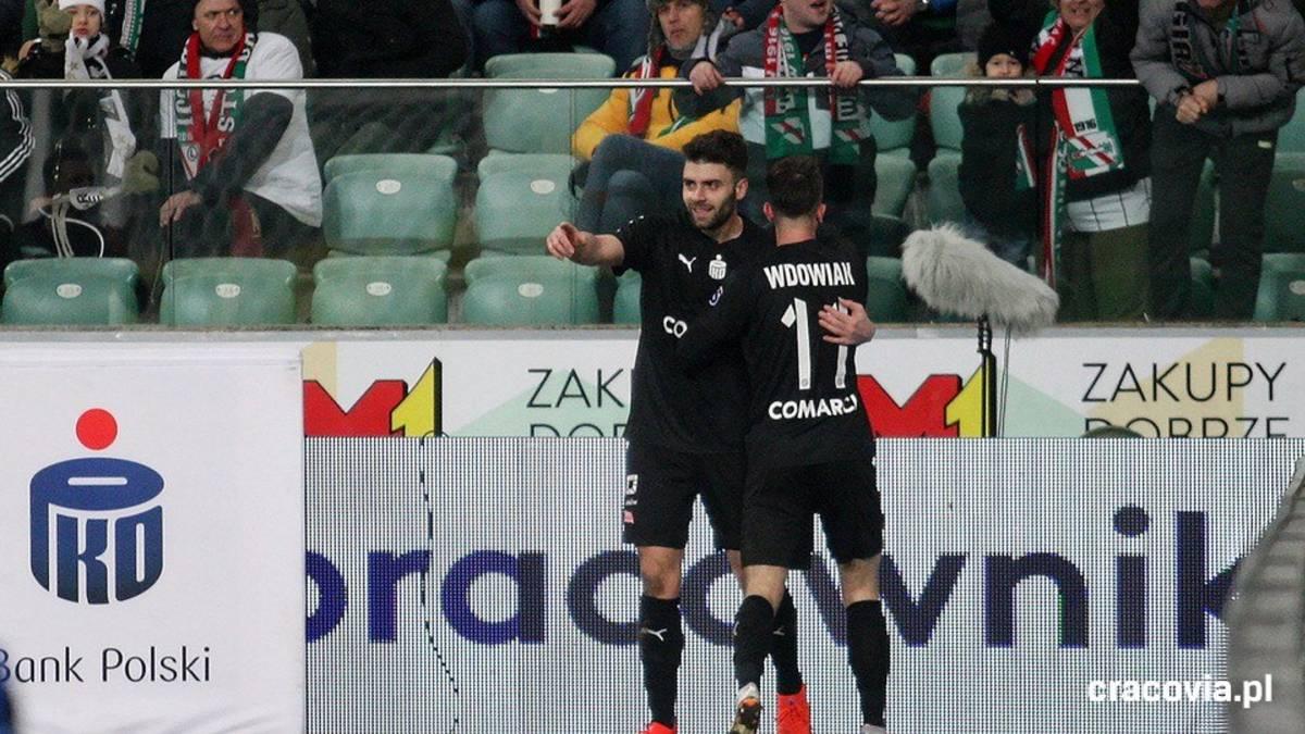 Javi Hernández fulmina al Legia - AS.com