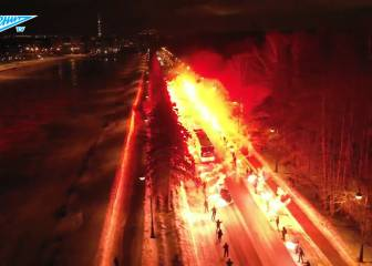 The tunnel of fire! Zenit fans welcome their team bus