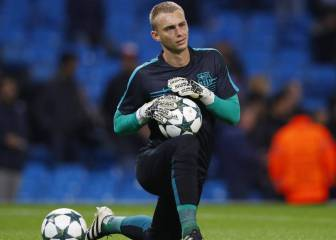 Barcelona identify Cillessen replacement