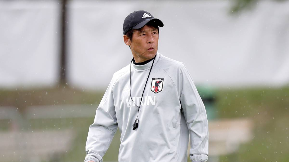 Japan's World Cup coach attends Real Madrid training session