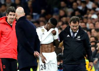 Vinicius and Lucas injured in European defeat as Bale jeered