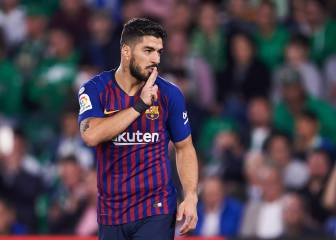 Luis Suárez: ankle sprain leaves him out for 15 days