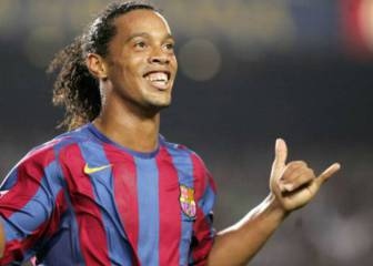 Ronaldinho: 10 of the Brazilian genius' finest moments