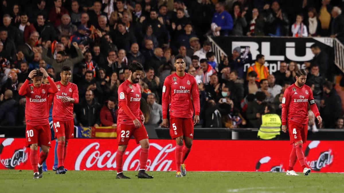 Real Madrid fell in Valencia.