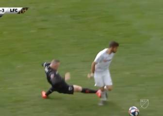 Rooney loses his rag and sees first red card of MLS career