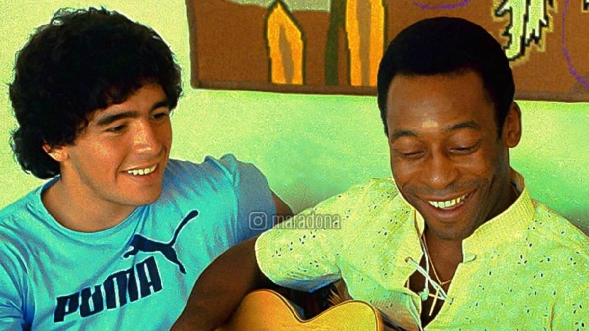 Diego Armando Maradona y Pelé en 1979.
