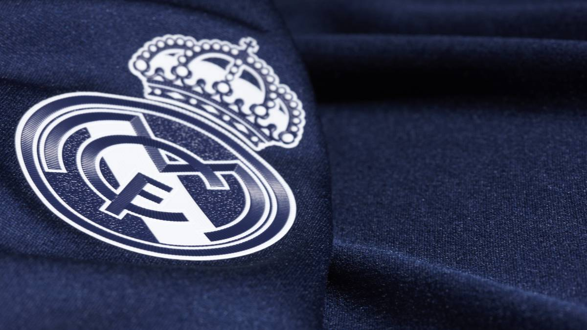 4dc8cd02ba0 ... 2019 20 away kit. La tercera equipación del Real Madrid de la Champions  League de la temporada 2015-2016