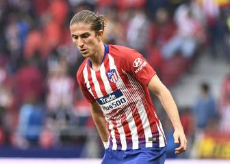 Filipe Luis holding out for Barça amid Dortmund interest