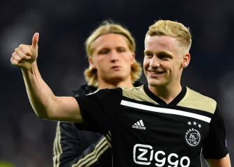 PSG join chase for Ajax star Donny van de Beek