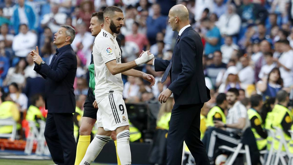 BENZEMA AND ZIDANE