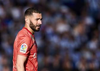 Benzema wins award for best French player abroad