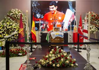 Spanish football comes together to say goodbye to Reyes