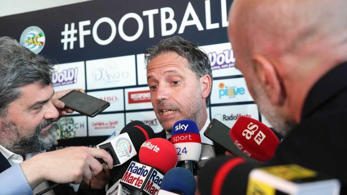 """Paratici: """"¿Nuevos fichajes desde el Madrid? Esperamos al míster"""""""