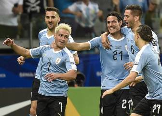Nicolás Lodeiro scores Uruguay's 400th goal in the Copa América