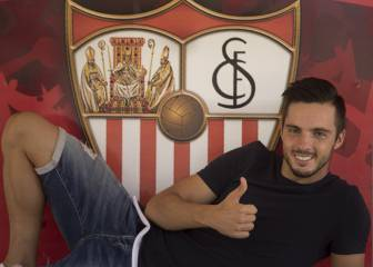 Pablo Sarabia on his way to PSG