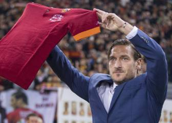 Real Madrid have offered Totti role as ambassador, say reports