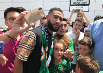 Fekir arrives in Seville ahead of Real Betis signing