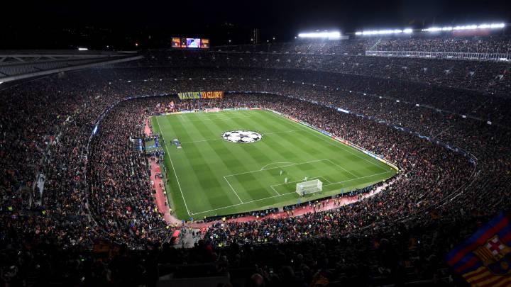 El Camp Nou durante un partido de Champions.