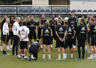 Zidane returns to Madrid with 28 players including James