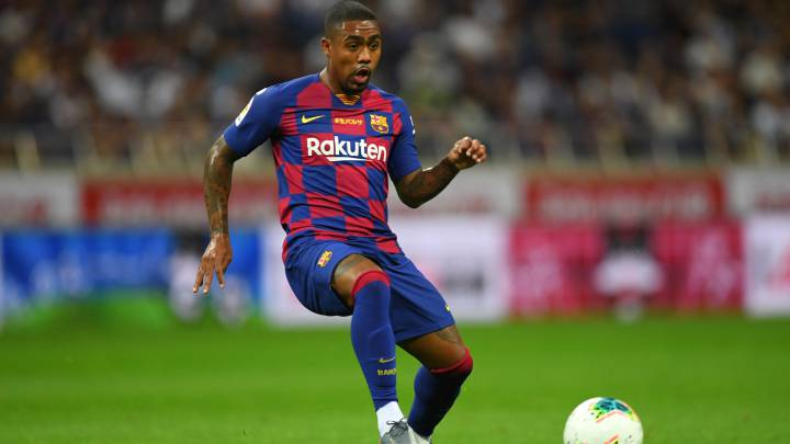 SAITAMA, JAPAN - JULY 23: Malcom of Barcelona in action during the preseason friendly match between Barcelona and Chelsea at the Saitama Stadium on July 23, 2019 in Saitama, Japan. (Photo by Atsushi Tomura/Getty Images)