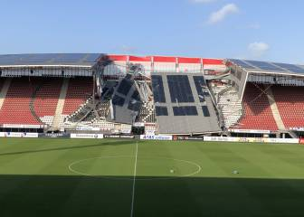 AZ Alkmaar's AFAS Stadion collapses in strong winds
