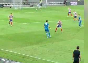Cristiano's stepover fail against Marcos Llorente