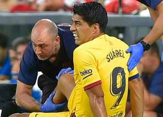 Luis Suárez off injured against Athletic