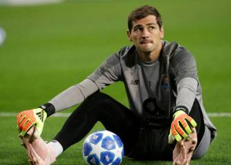 Casillas jumps to Zidane's defence