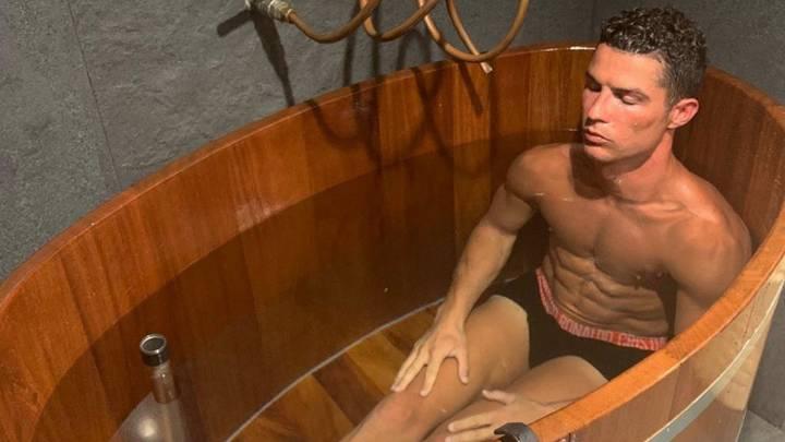 Gil En El Jacuzzi.Cristiano Ronaldo S Exercise Regime And Diet As Com