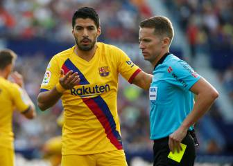 Luis Suárez injury adds to Levante insult for Valverde